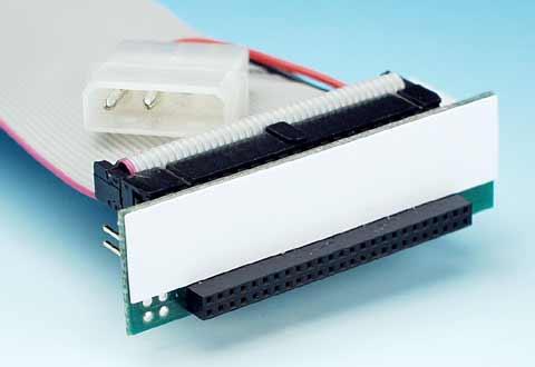 ケーブル側の2.5インチIDEハードディスクコネクタ