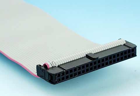 40芯IDEケーブルに付いているコネクタ