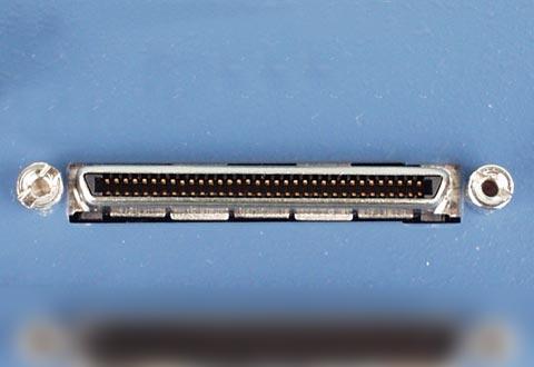 機器に搭載されているVHDCIコネクタ