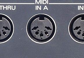 MIDIケーブル(DIN)