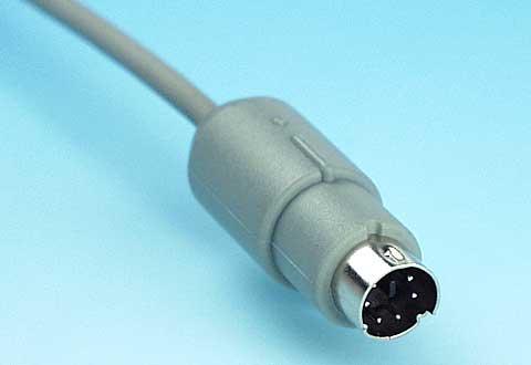 ケーブルに付いているPS/2マウスコネクタ