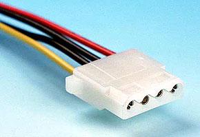 ケーブルに付いているパラレルATA電源コネクタ