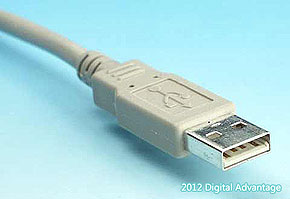 USB(スタンダードA)のケーブル側コネクタ