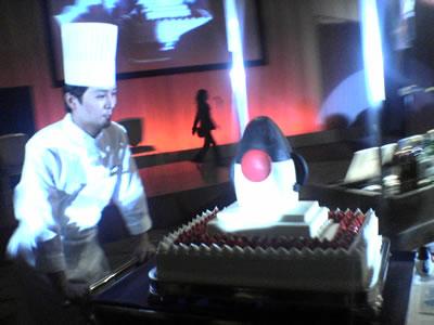ニューオータニのパティシエ 道場氏の作品「Dukeケーキ」