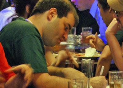 写真6 After Partyにはカミンスキー氏をはじめ、数多くのセキュリティスペシャリストたちが集まり交流が行われた