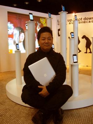 セカイカメラのアドバイザーを務めるIAMASの赤松教授。個人でも16ものiPhoneアプリを公開している
