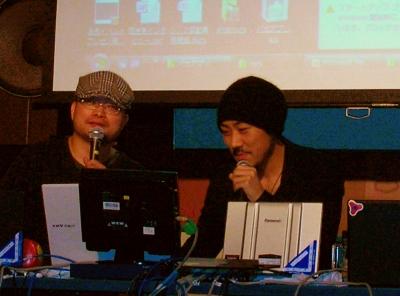 司会を務めたpaperboy&co.の家入一真さん(右)と東京カルチャーカルチャーのテリー植田さん(左)。家入さんは16日をもって社長を退任し、CCO(最高クリエイティブ責任者)に就任。今回のイベントに刺激されて、クリエイティブの現場に戻りたくなったのが理由かどうかは不明
