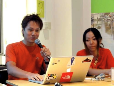 hatteの岡本さん(左)と青山さん(右)