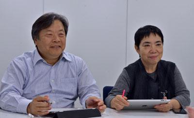 浮川和宣社長(左)と浮川初子専務(右)