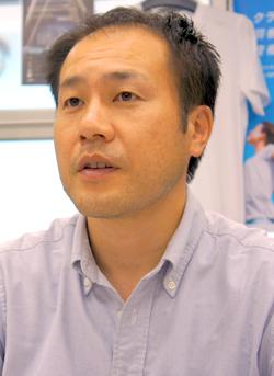 福安徳晃氏