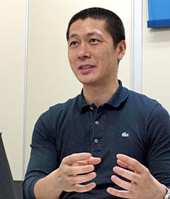 「初日だけで2カ月分のダウンロードがあった」と述べたウェード・コムの?泰鉉氏