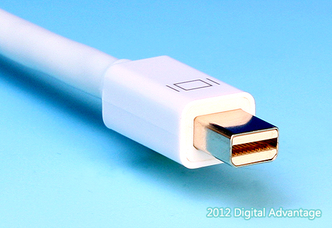 ケーブルに付いているMini DisplayPortコネクタ