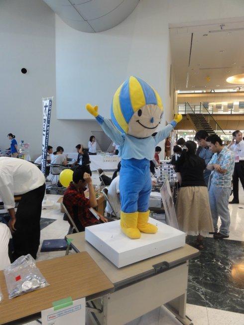 岐阜高専のミナモ(大垣市のキャラクター)ロボット