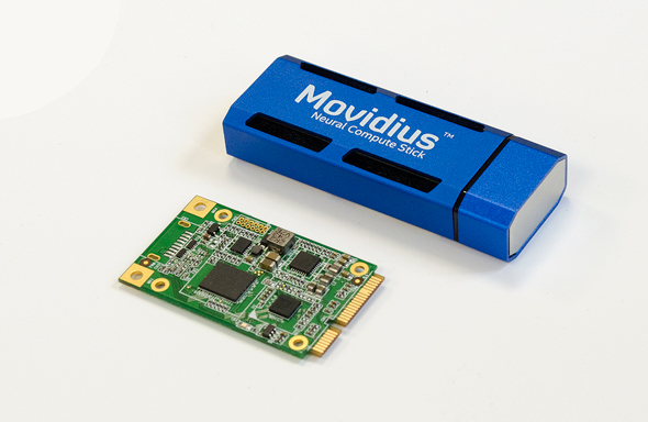 上:Intel Movidius Neural Compute Stick。下:UP Bridge the Gap AI Core