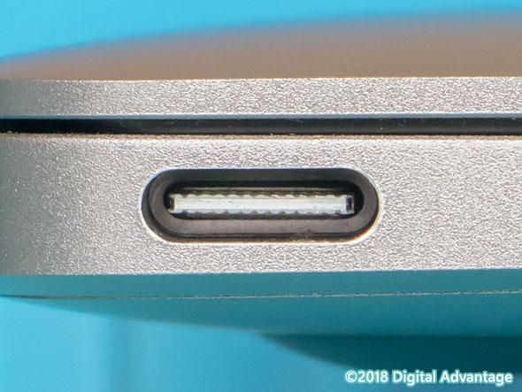 PCやスマートフォン、周辺機器に搭載されているUSB Type-Cのコネクター(レセプタクル)