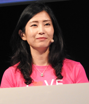 実演デモで登壇した日本マイクロソフトの大森 彩子氏