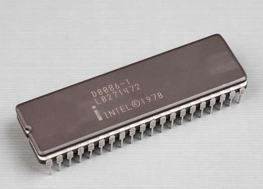 Intelの16bit CPU「8086」