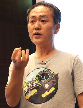 Microsoft Cloud Developer Advocate 寺田佳央氏
