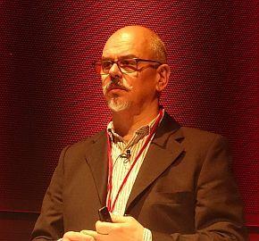 Huawei Technologiesの技術戦略顧問として登壇したステファノ・プレヴィディ氏