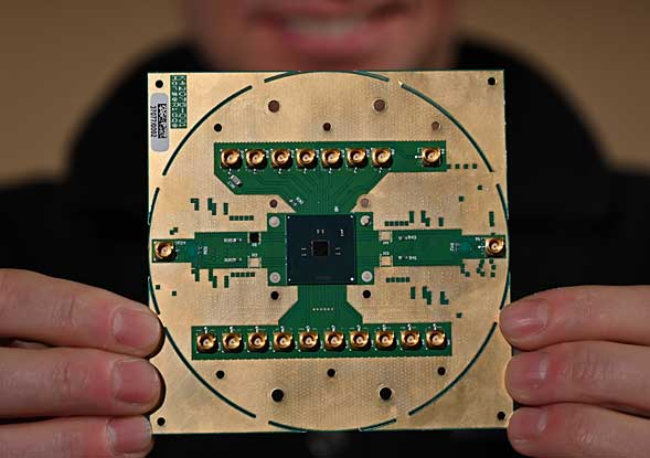 Intelの量子ビット制御チップ「Horse Ridge」