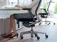 長時間作業でも姿勢安定 内田洋行のオフィスチェア「Pulse」