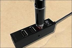 USBで手軽にデータ転送・充電可能
