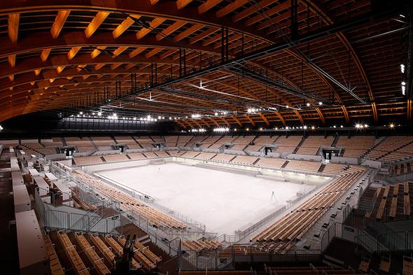 23.5カ月の超短工期で「有明体操競技場」完成、木材使用は五輪施設で ...