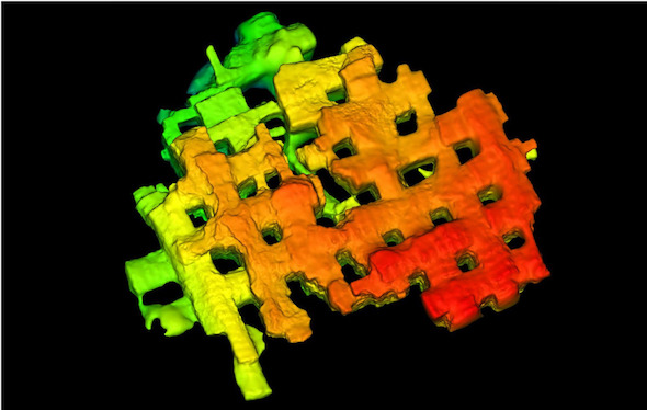 複雑な坑道の3Dモデルも数回のドローン飛行で取得可能≫