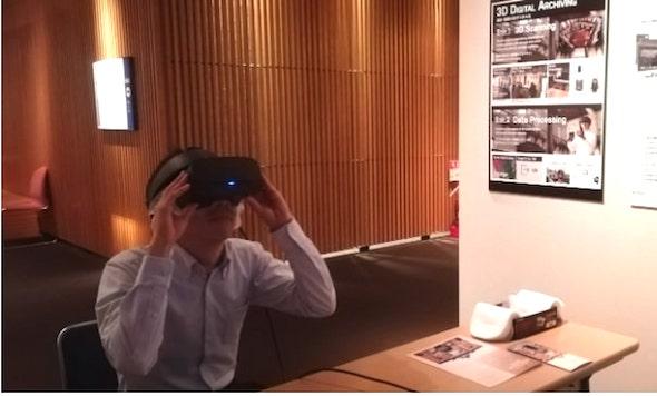 ヘッドマウントディスプレイを使ったVR展示