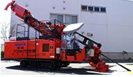 高周波振動装置を搭載したNaviX工法施工機