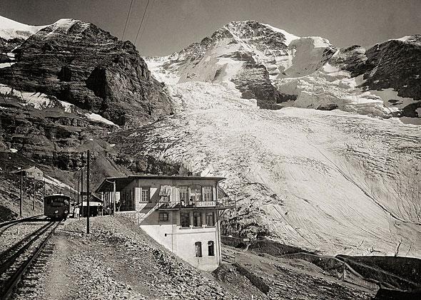 1900年のアイガーグレッチャー駅の様子