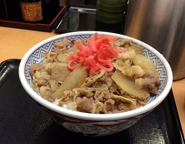 吉野家で牛丼を食べるとTポイントが付与されるように