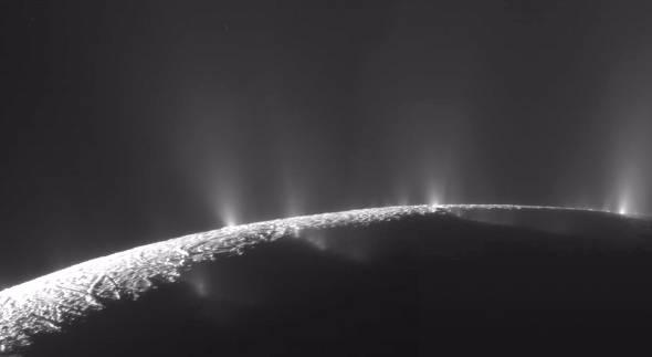 土星の第二衛星「エンケラドス」(出典:NASA/JPL/SSI)