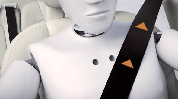 安全の基本となるシートベルト。ボルボでは電動巻き取り式を採用。プロアクティブシートベルトと命名している