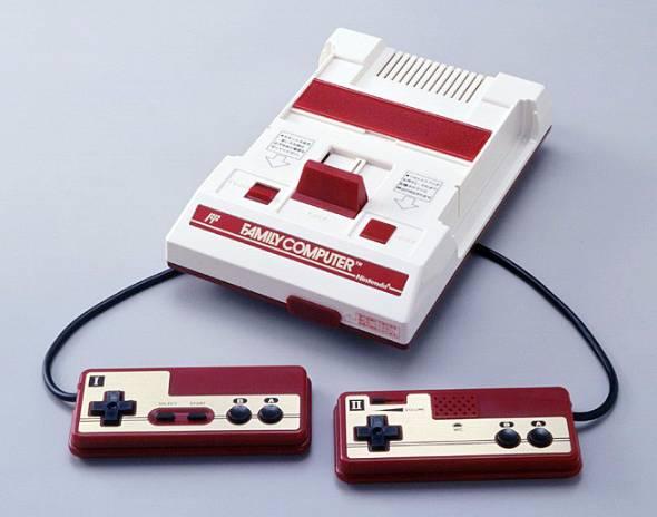 1983年に任天堂が発売した「ファミコン」。世の中を熱狂の渦に巻き込んだ
