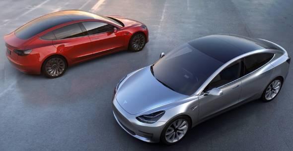 テスラが3月31日に発表した新型「モデル3」は早くも予約が殺到している