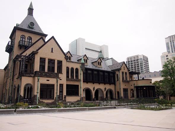 「赤坂プリンス クラシックハウス」は2階建ての洋館