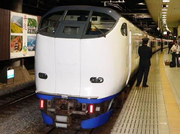 JR西日本の関空アクセス特急「はるか」
