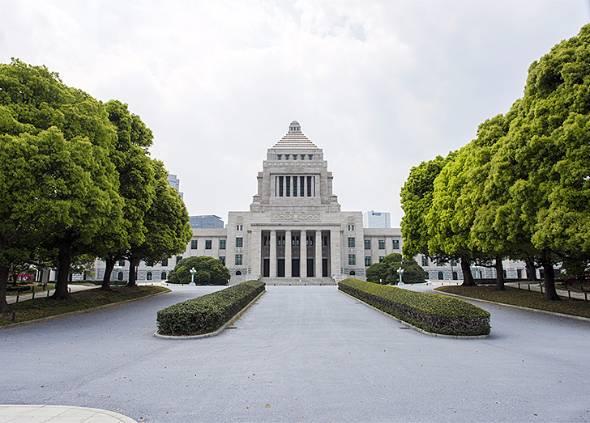 2020年に向けて日本政府は働き方改革を推進(写真はイメージです)
