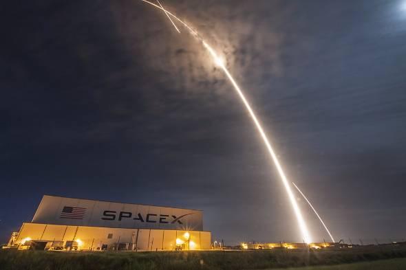 年明け早々、米SpaceXは打ち上げサービスを再開した(写真:SpaceX)