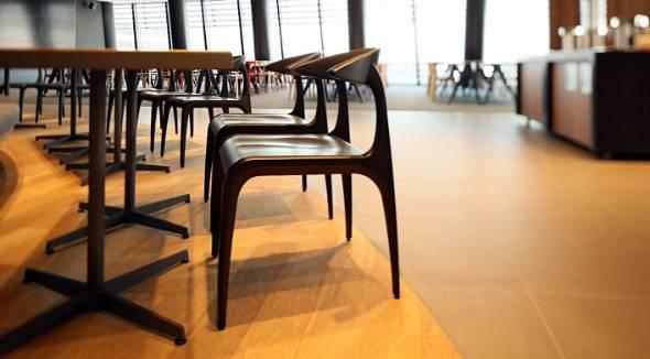 ヤンマーの本社ビルにある社員食堂「Premium Marche OSAKA」