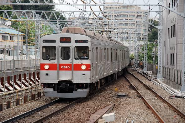 前々から問題視されていた東急田園都市線の遅延。2017年1月には通勤ラッシュ時間帯に連日の遅れが生じて大混乱を招いた(出典:flickr)