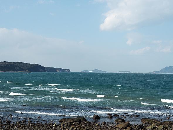 国東半島の東側には伊予灘が広がる