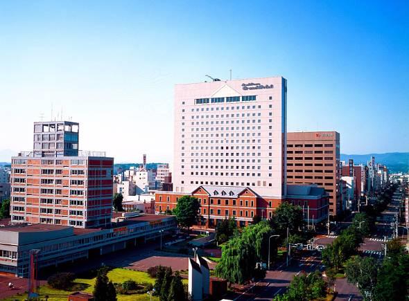 星野リゾートが2017年4月1日から運営を始めた「旭川グランドホテル」。都市観光ホテルを新たなブランドとして育てたい考えだ