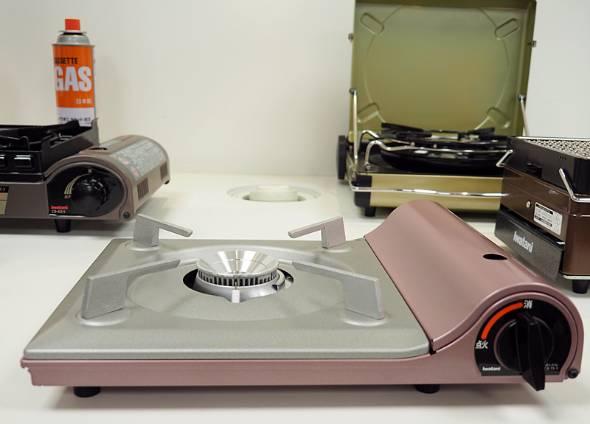 最新カセットコンロ「カセットフー 達人スリムII」は従来商品よりもさらに薄型化した