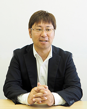 NTTデータ グローバルソリューションズ 流通・サービス事業部の千葉大輔統括部長