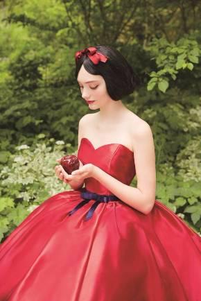 fac9161ef7760 ディズニー公認「プリンセスのウエディングドレス」全国で - ITmedia ...