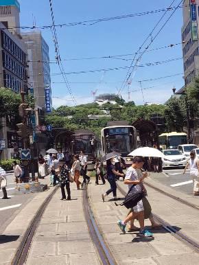 にぎわいを見せる熊本市の中心市街地