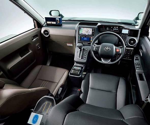 運転席と助手席のシートは素晴らしい。運転手の職業病である腰痛の抑制ができるだろう