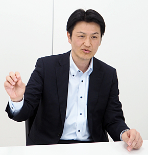 YKK AP 経営企画室事業開発部長の東克紀氏